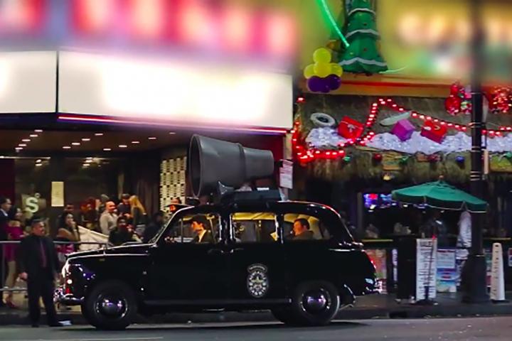 タクシー広告「次の一手!」